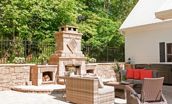 Outdoor Fireplace and Patio with Stone Pavers